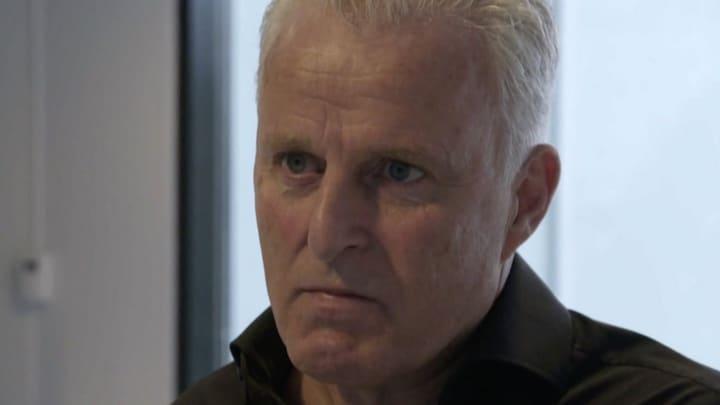 Emotionele Peter R. de Vries: 'Jij bent die vuile schoft'