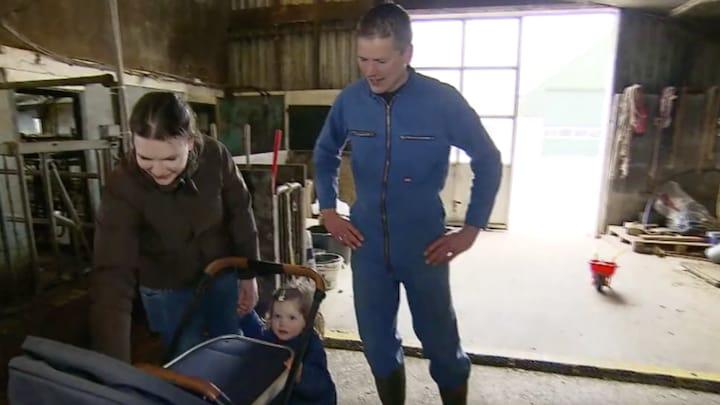 Henk en Fiona uit Boer zoekt Vrouw dolblij met vierde kindje