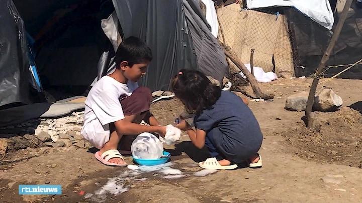 Vluchtelingenkamp overvol: 'Baby's slapen tussen de muizen'