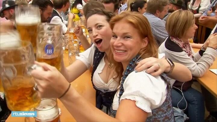 Jetzt geht's los: zo genieten de bezoekers van Oktoberfest