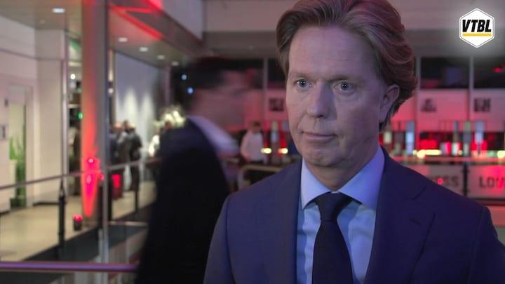 De Jong over contractbesprekingen Van Bronckhorst