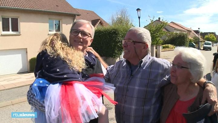 Halfbroers vinden elkaar na 65 jaar: 'Het is zo onwerkelijk'