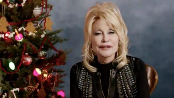 75-jarige Dolly Parton overweegt weer te poseren voor de Playboy