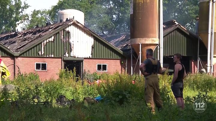 Grote brand op boerderij in Elspeet