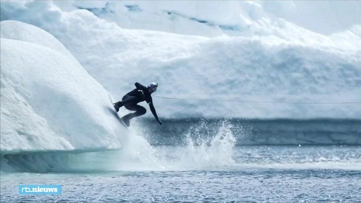 Russische wakeboarder stunt op ijsbergen in Groenland