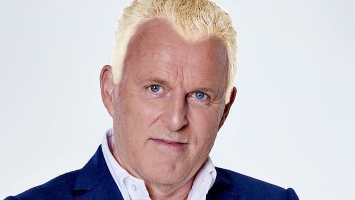 Blond haar is dé trend: zo staat het de RTL Boulevard-mannen