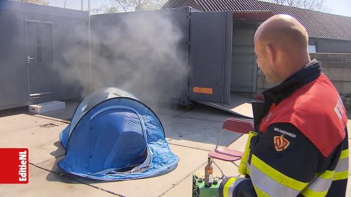 Tent in de fik